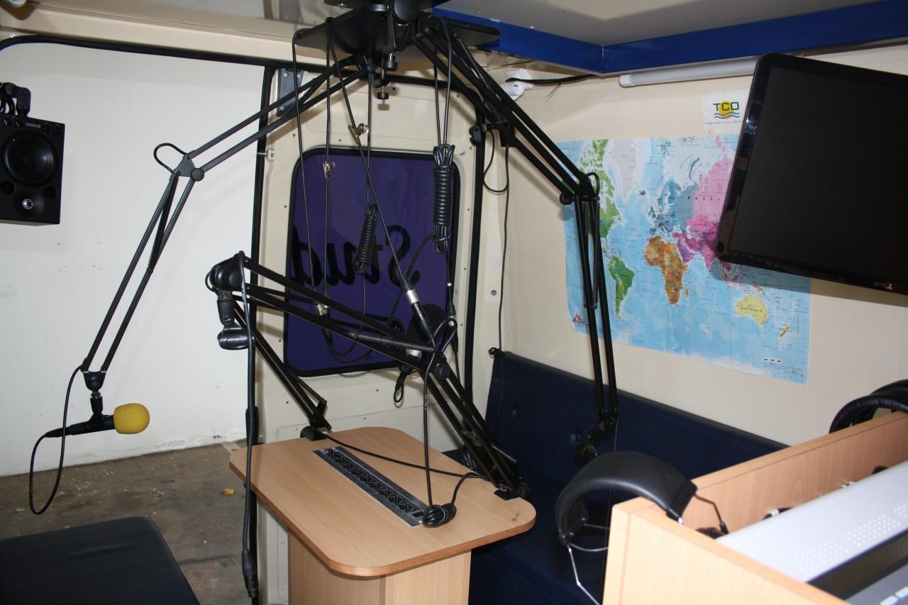 interieur-du-studio-bus