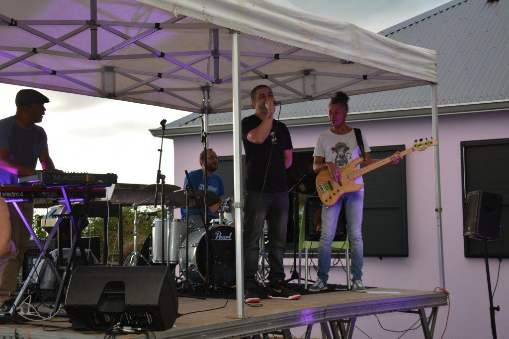 Alex Sorres et musiciens EMA Réunion 2