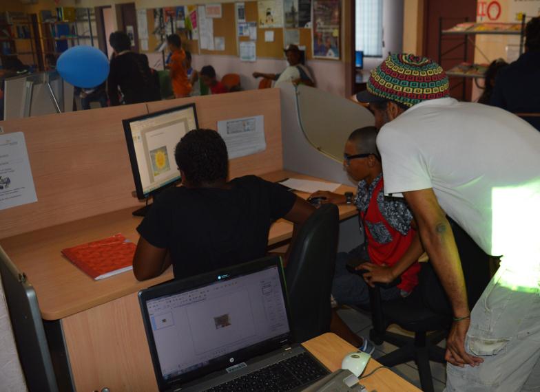Espace Cyber-base emploi / P@m de Folelli: juin 2011